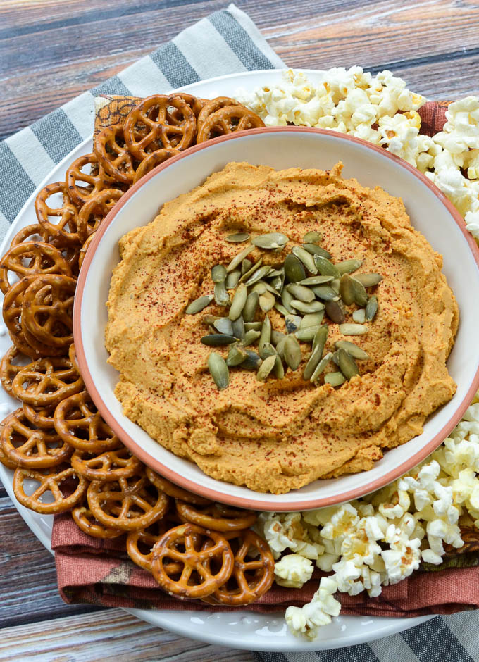 My recipe for 5-Minute Smoky Pumpkin Hummus looks bomb and it's also got that savory and spicy and sweet thing goin' on. #glutenfree #sugarfree and #vegan | theeverykitchen.com