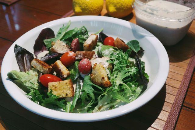 vegan-ceasar-salad-dressing-recipe
