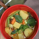Hawaii Lifestyle Blogger Thefabzilla shares a hearty pineapple curry bursting with spices