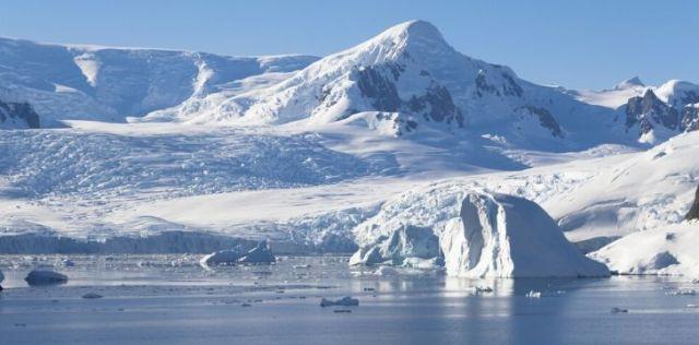 Antarctica ice landscape