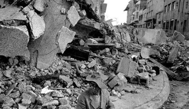 Valdivia earthquake devestation in Chile (1960)