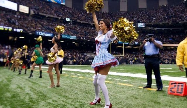 Cheerleaders in halloween costumes