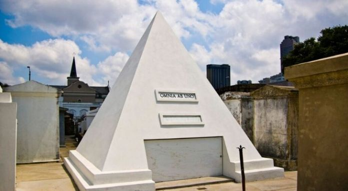 Nicolas Cage's pyramid tomb stone in New Orleans