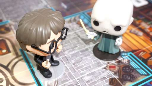 Harry Potter and Voldemort Funkoverse battle