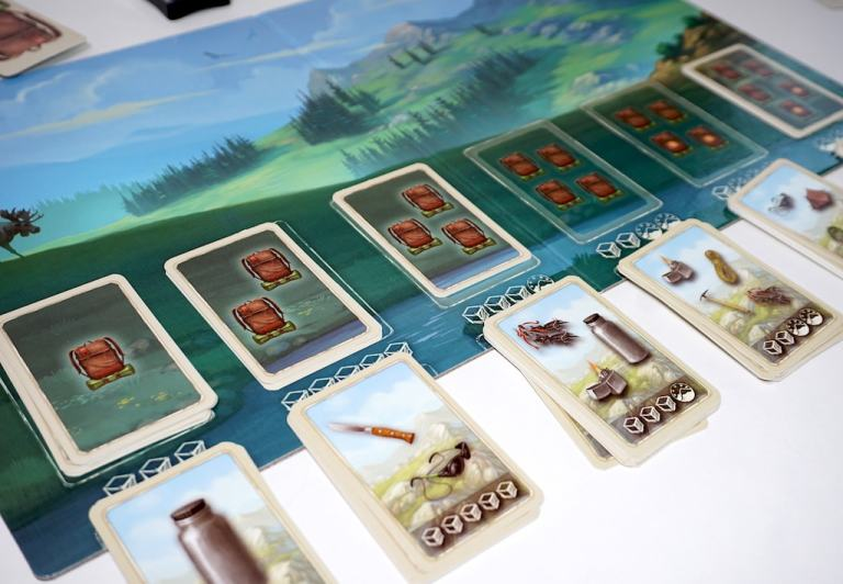 Mountains board. Card stacks 4 and 4** are empty.