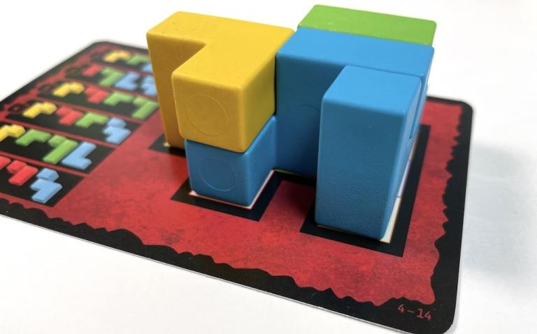 A difficult puzzle from Ubongo 3D