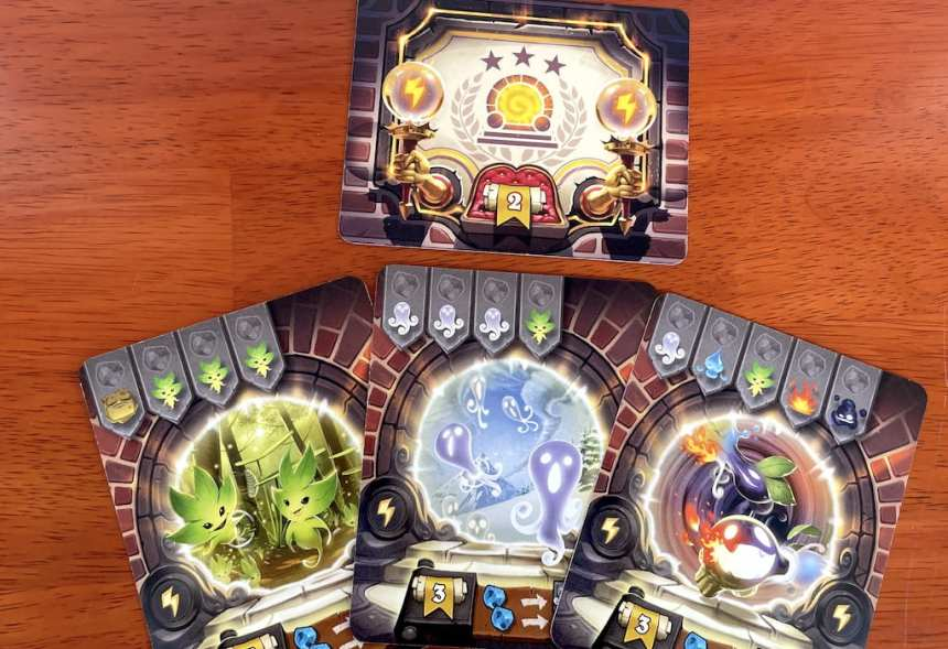 3 portal cards and the yellow (instants) bonus card