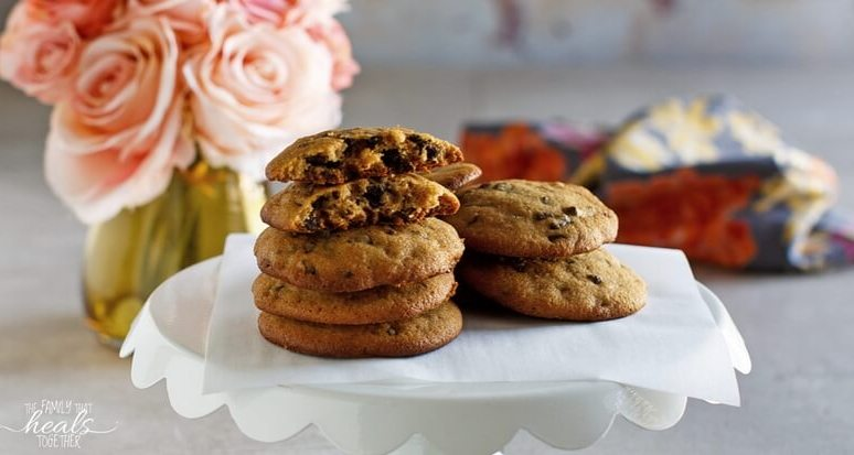 The BEST Paleo Chocolate Chip Cookies Recipe