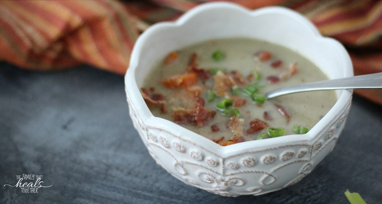 Easy Clam Chowder Recipe (In The Instant Pot!) | Paleo | AIP | Whole30