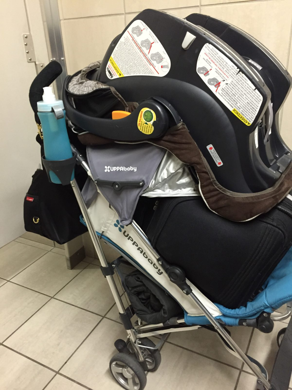 how to fly with car seats