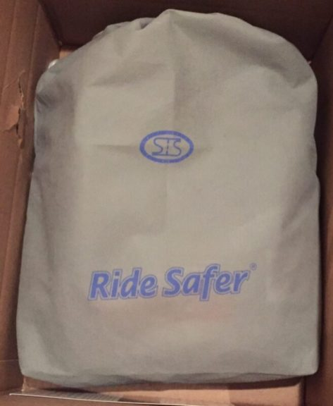 The Ride Safer Delight travel vest comes packaged in a carry bag with all of the extra parts.