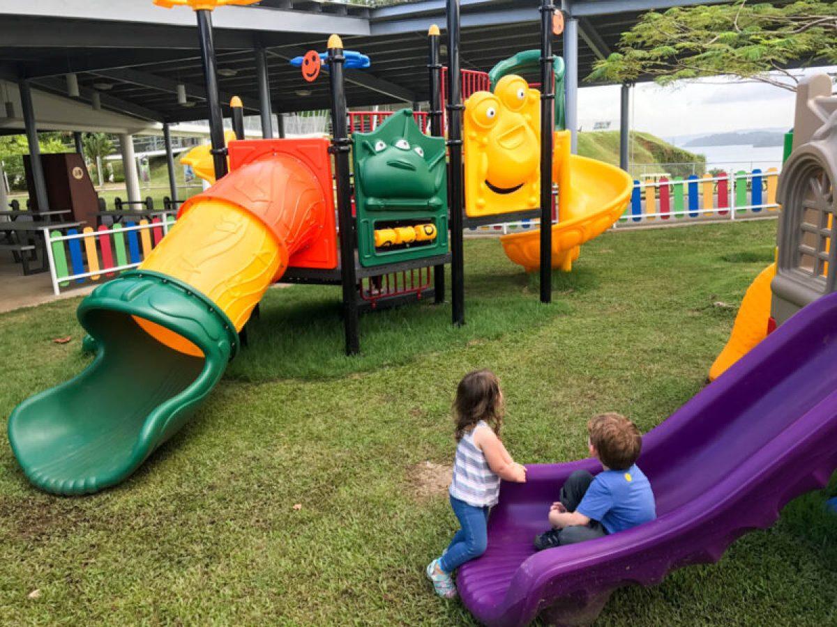 playground at Agua Clara locks
