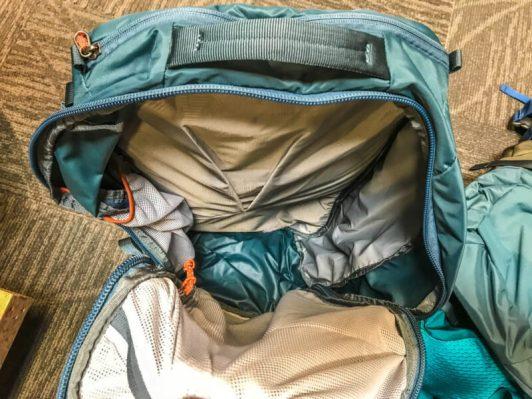 REI ruckpack 65 women interior 1