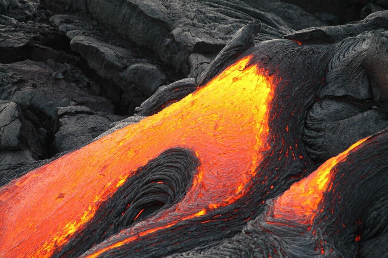 Pahoehoe lava flowing in Hawaii Volcanoes National Park