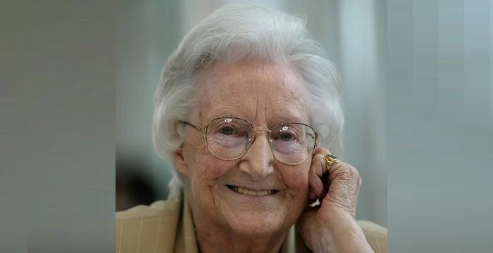 Cicely Saunders Biography  Childhood Life Achievements