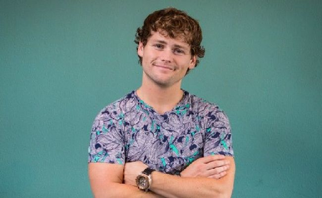 Drew Lynch Bio Facts Family Life Of Comedy Youtuber