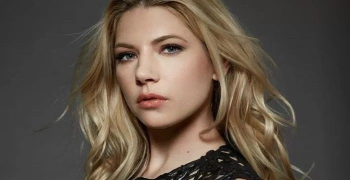 Avril Lavigne Quotes Wallpaper Katheryn Winnick Bio Facts Family Life Of Canadian Actress