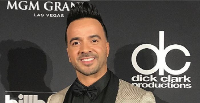 Luis Fonsi Biography  Facts Childhood Family Life