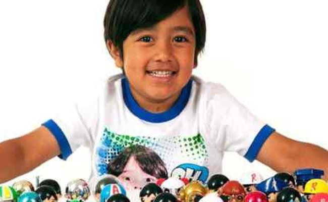 Ryan Toysreview Bio Facts Family Life Of Youtuber