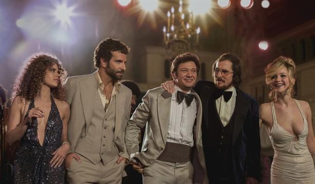 Amy Adams,Bradley Cooper,Christian Bale,Jennifer Lawrence,Jeremy Renner