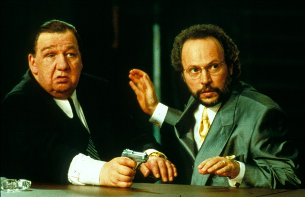 Billy Crystal,Joe Viterelli