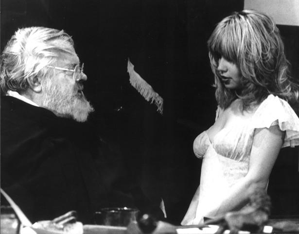 Orson Welles,Pia Zadora