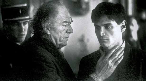 Billy Crudup,Michael Gambon