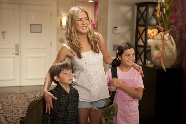 Bailee Madison,Jennifer Aniston