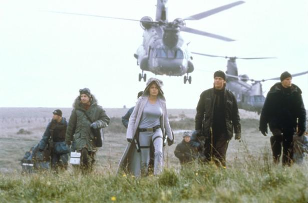 Angelina Jolie,Christopher Barrie,Daniel Craig,Iain Glen,Noah Taylor