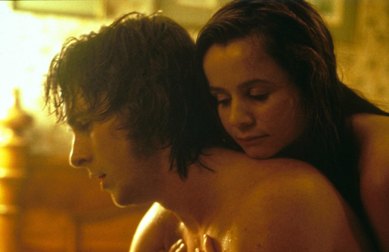 Christian Bale,Emily Watson