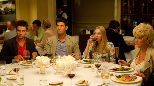 Amanda Seyfried,Ben Barnes,Topher Grace