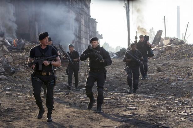 Antonio Banderas,Dolph Lundgren,Jason Statham,Sylvester Stallone,Wesley Snipes