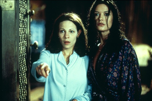 Catherine Zeta-Jones,Lili Taylor
