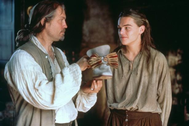 John Malkovich,Leonardo DiCaprio