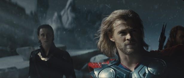 Chris Hemsworth,Tom Hiddleston