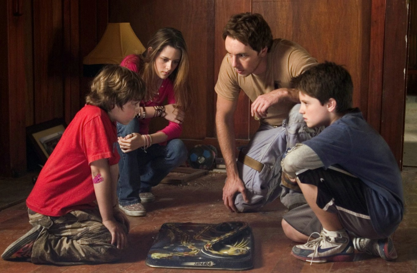 Dax Shepard,Josh Hutcherson,Kristen Stewart
