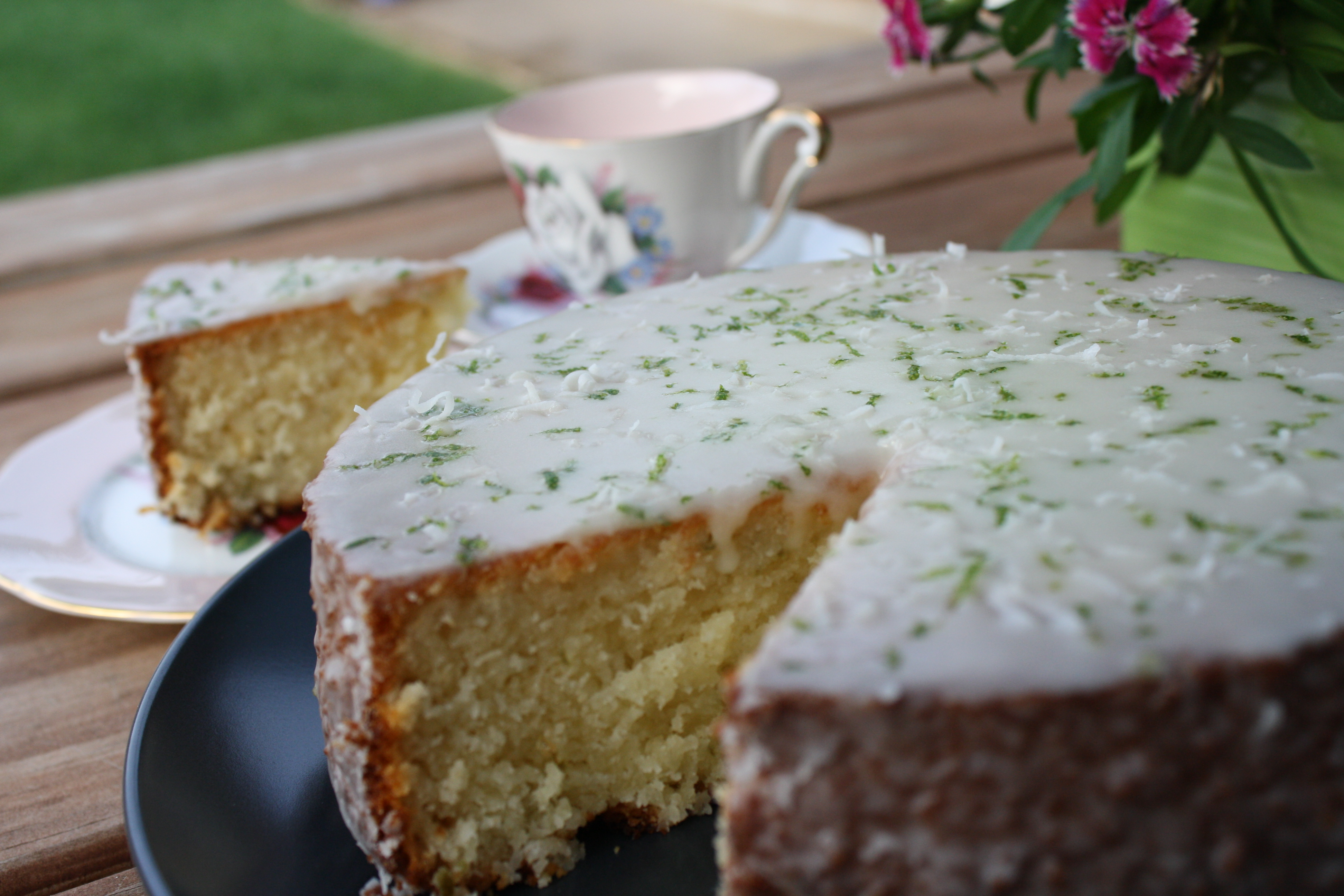 Lime Coconut Sponge Cake