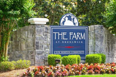 The-Farm-community-sign