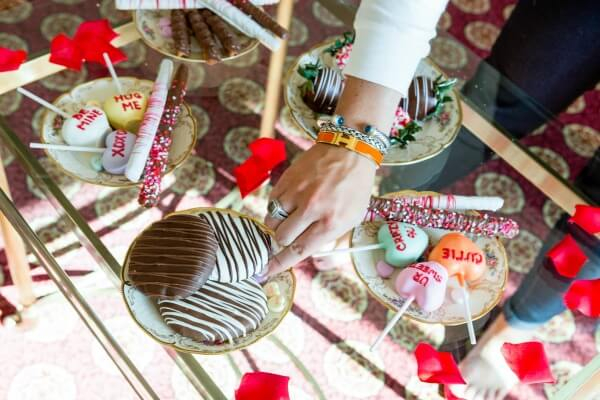 Palentines Day With Sharis Berries The Fashion Canvas