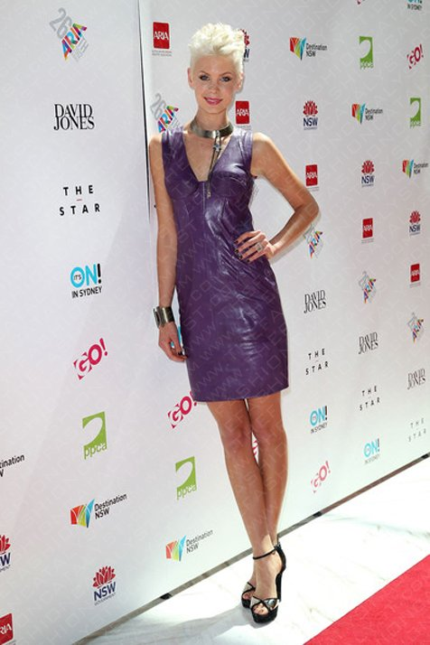 Fashion Blog | MTV Host, Kate Peck, Delights In Aurelio Costeralla On The 2012 Aria Awards Red Carpet.