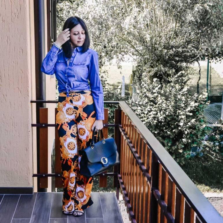 Come indossare i pantaloni palazzo per l'estate con la camicia di jeans - outfit-donna - The-Fashion-Cherry-Diary