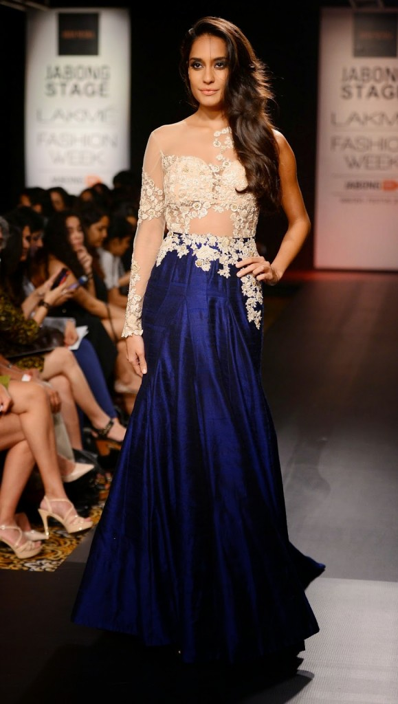 Ridhi Mehra Lakme Fashion Week Winter