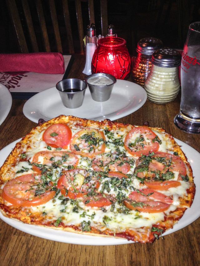 Farinas Margherita Pizza Grapevine