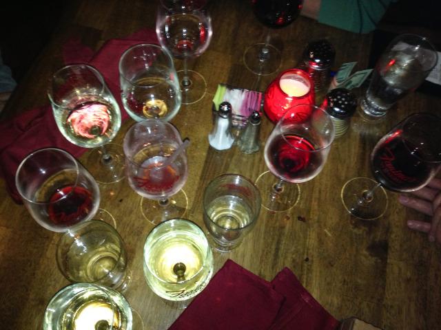 Farinas Winery Grapevine Happy Hour