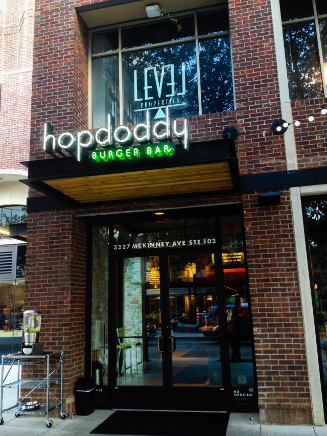 hopdoddy burger bar uptown