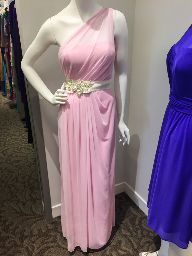 This dress comes in light blue and looks IDENTICAL to Amy Adams Golden Globes  gown!