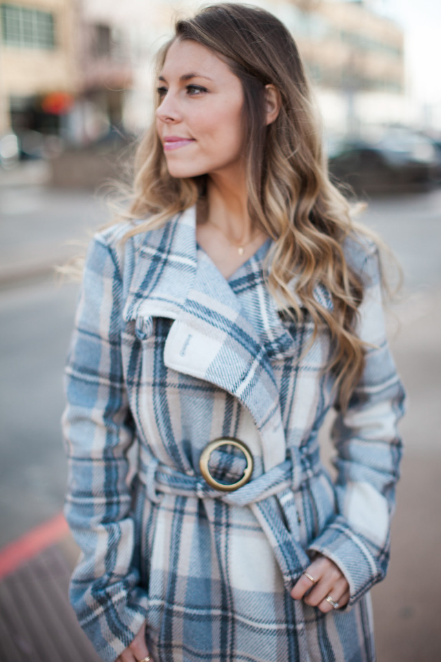 The-Fashion-Hour-Dallas-Blogger Blue and Grey Plaid Coat