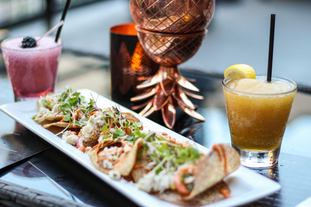 Crab-Nachos-Dallas-The-Woolworth