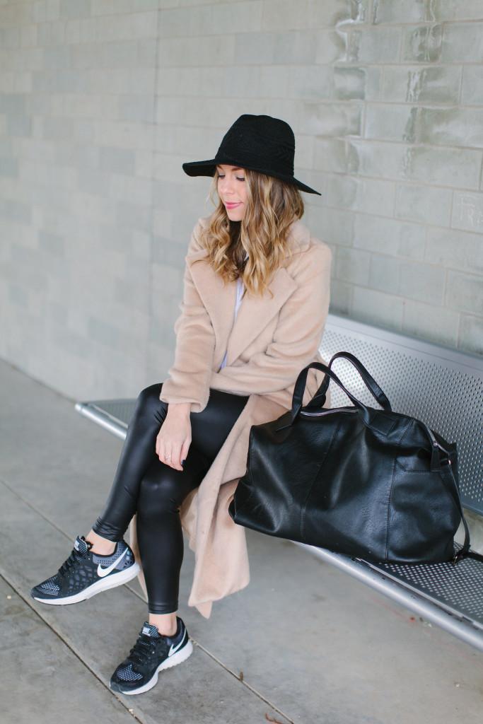travel-attire-the-fashion-hour-9208