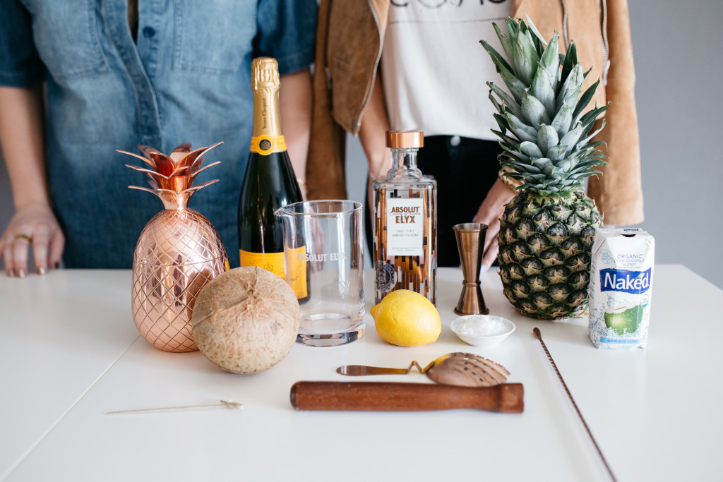 Absolut-Elyx-Pineapple-Cocktail